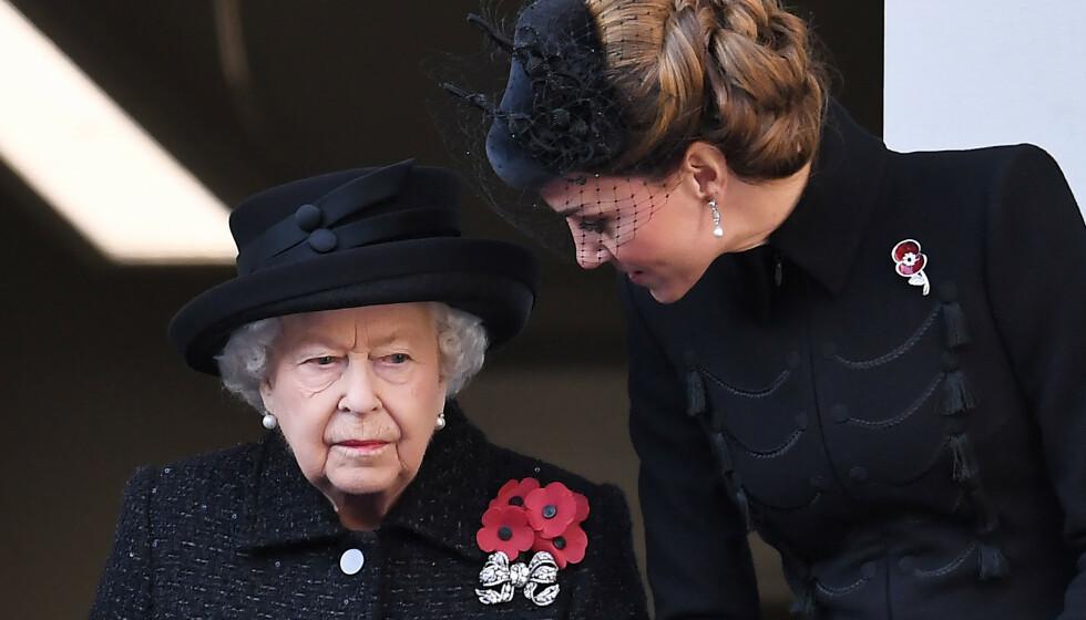 MISTET HUNDEN: Dronning Elizabeth mistet hunden Vulcan bare uker før jul. Foto: Chris Jackson/Reuters/NTB