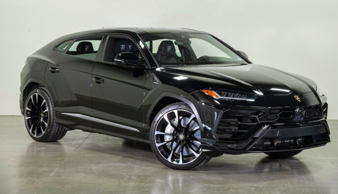 MILLIONBIL: Witzøe har kjøpt seg en Lamborghini Urus til 3,5 millioner kroner. Foto: Albert Pena / CSM/ REX/ SHUTTERSTOCK/ NTB