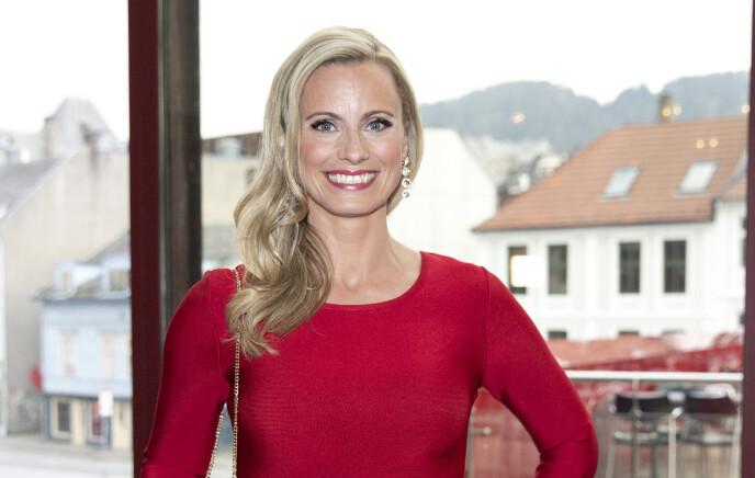 - TRIST: Forbrukerøkonom og tv-fjes Silje Sandmæl er lei seg for at hun ikke får samla hele familien til julefeiring. Foto: Andreas Fadum / Se og Hør