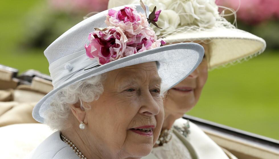 VARM VELKOMST: Dronning Elizabeth skal ha tatt imot Sophie Winkleman med åpne armer da hun ble en del av kongefamilien for tolv år siden. Foto: Tim Ireland/NTB