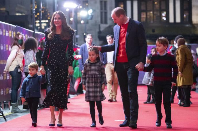 Slapp av: Prinsesse Charlotte vil ikke holde Williams hånd. Foto: Aaron Own / Pool / NDP
