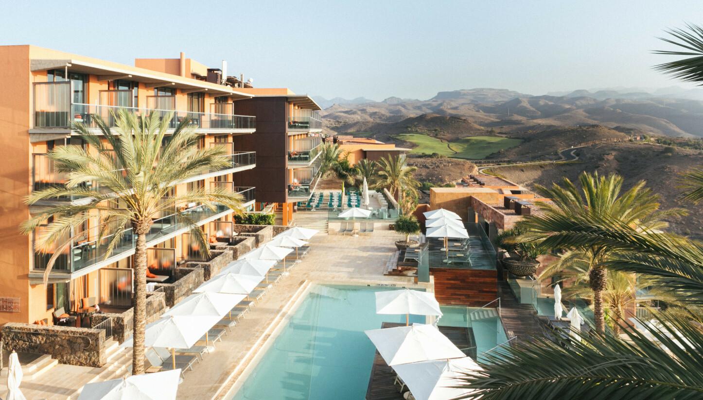 FULL PAKKE: På Salobre Hotel, Resort & Serenity disker deres egen Be Aloe Wellness-avdeling opp med alt du kunne drømme om av bortskjemming. Spa og mat, antistress-behandling og en særlig alovera-behandling med økologisk aloevera fra Gran Canaria er bare et lite plukk av utvalget. Og da er ikke engang beliggenheten nevnt!