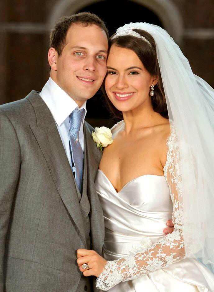 STOR DAG: Sophie Winkleman ble kongelig da hun giftet seg med Lord Frederick Windsor i 2009. Foto: REX/ NTB