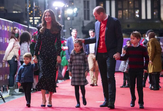 SLAPP TAKET: Prinsesse Charlotte ville ikke holde pappa Williams hånd. Foto: Aaron Chown/ Pool/ NTB
