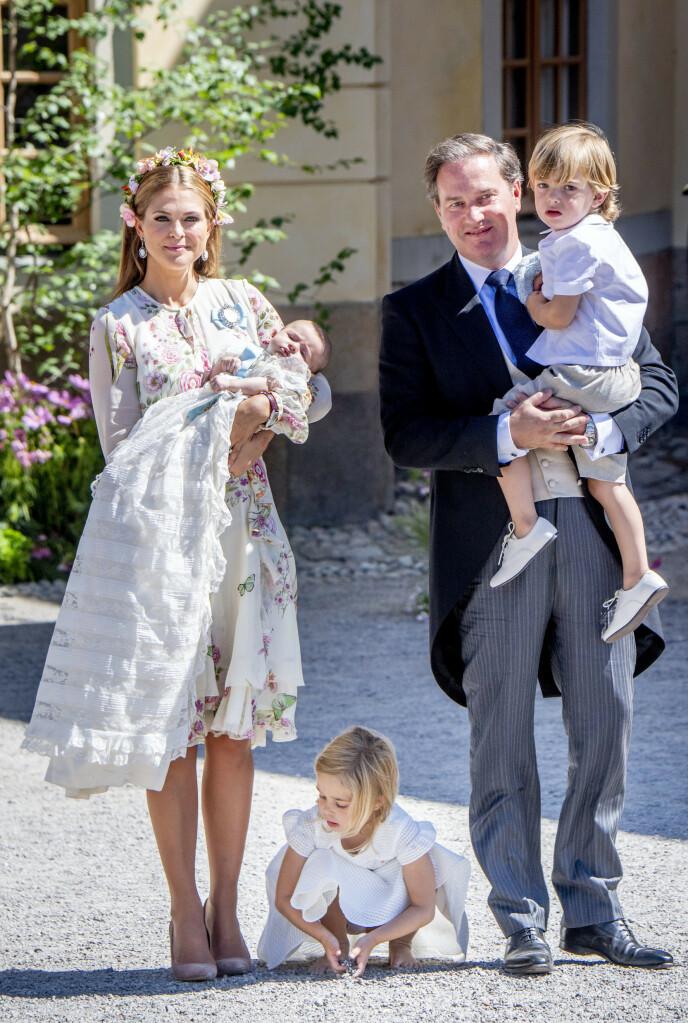 BLIR I FLORIDA: Det blir en annerledes julefeiring for prinsesse Madeleine og familien i år. Her er de alle samlet i 2018. Foto: Utrecht Robin / Action Press / Rex / NTB