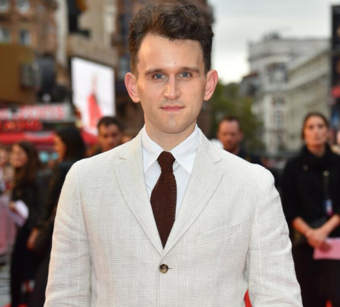 GIKK NED 30 KILO: Harry Melling (31) la om livsstilen og ligner i dag lite på Dudley Dursley. Her på filmfestivalen i London i 2018. Foto: NTB
