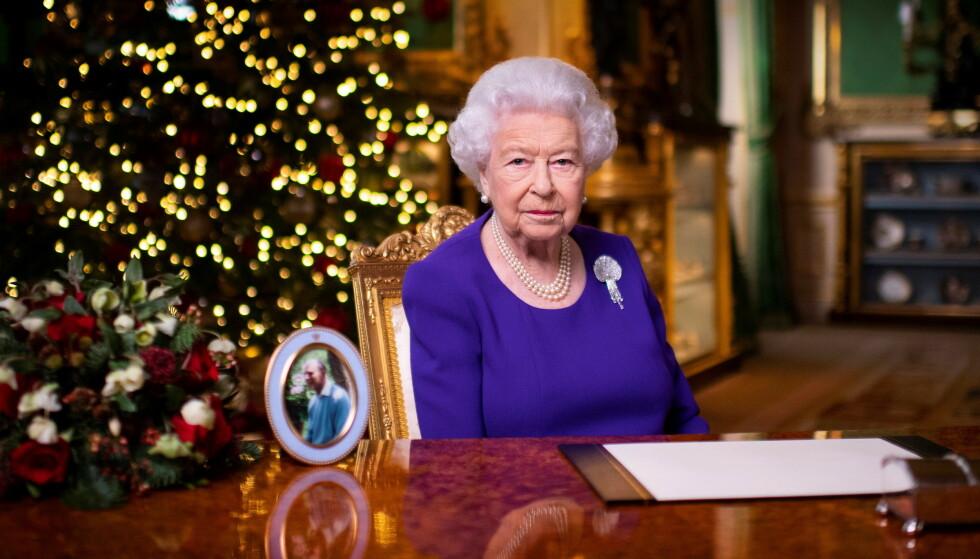 EKTE DRONNING: Dette bildet er fra dronning Elizabeths juletale i år. Foto: Victoria Jones/Reuters/NTB