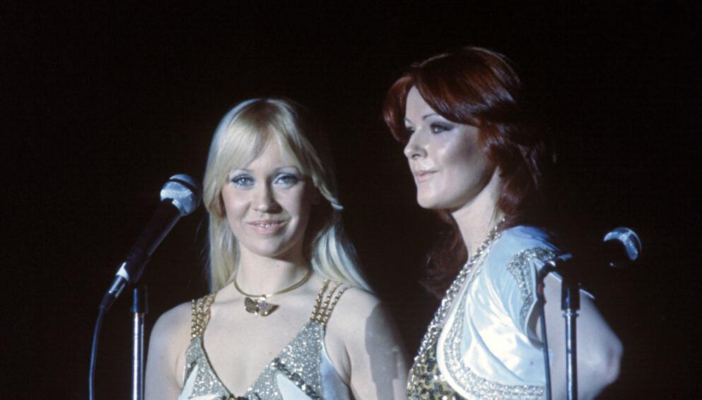 POPULÆRE: Medlemmene i ABBA ble svært populære, før de én etter én trakk seg tilbake fra rampelyset. Spesielt lite har vi sett til Anni-Frid Lyngstad. Her avbildet i Ekeberghallen i Oslo i 1977. Foto: Oddvar Walle Jensen / NTB