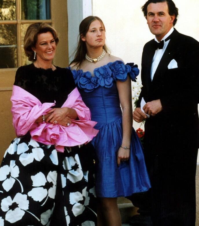 MISTET MANNEN: I 1999 døde Anni-Frids ektemann, prins Heinrich Ruzzo Reuss von Plauen. Her avbildet med en av prinsens døtre i 1996. Foto: Pawel Flato / NTB