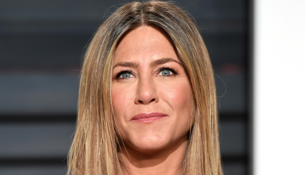 FÅR HØRE DET: Jennifer Aniston får så hatten passer etter et bilde på Instagram. Men fansen tar stjernen naturligvis i forsvar. Foto: Pa Photos / NTB
