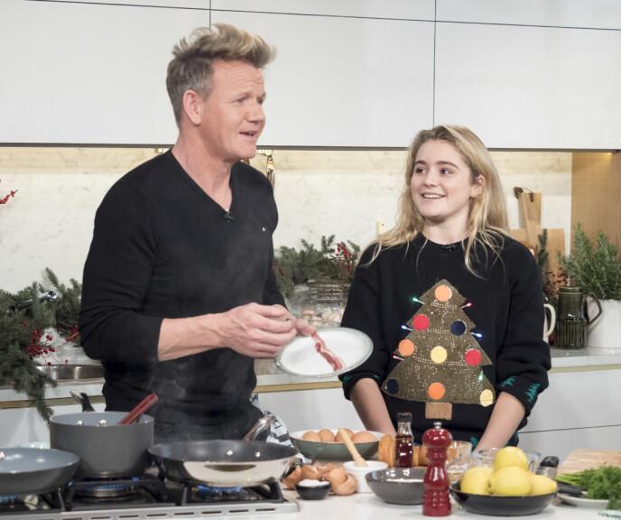 FAR OG DATTER: Her er Tilly og Gordon avbildet sammen i tv-programmet «This Morning» i 2015. Foto: Ken McKay / ITV / REX / NTB 2015
