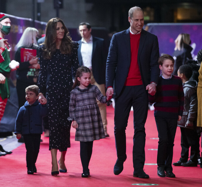 Θα πρέπει να είναι σε θέση να επιλέξει: Οι Ρεπουμπλικάνοι ασκούν σκληρή κριτική στη βρετανική μοναρχία.  Εδώ, ο Πρίγκιπας Τζορτζ φωτογραφίζεται με τα αδέλφια του, την Πριγκίπισσα Σαρλότ και τον Πρίγκιπα Λούις, τον Δεκέμβριο.  Φωτογραφία: Pa Photos / NTB