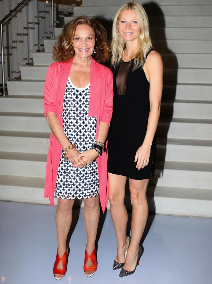 I godt selskap: Både modeller og Hollywood-stjerner elsker Diane von Forstenbergs design. På et show i New York, med skuespillerinne Gwyneth Paltrow i en TVF-kjole, foto: Billy Farrell Agency / REX / NTB