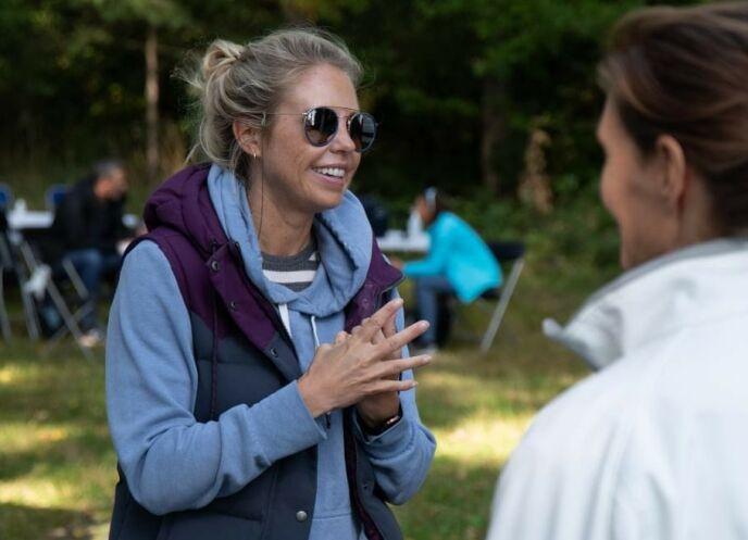 PRODUSENT: Martine Holbye er produsent for NRK-programmet. Hun deler flere detaljer fra innspilling. Foto: Sunniva Luca Veliz Pedersen, Rubicon TV/NRK