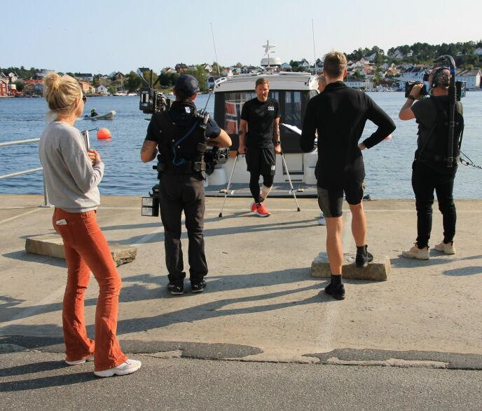 MÅTTE TREKKE SEG: Øystein Pettersen skadet seg helt i starten av programmet. Her fra da han måtte kaste inn årene. Foto: Sunniva Luca Veliz Pedersen, Rubicon TV/NRK
