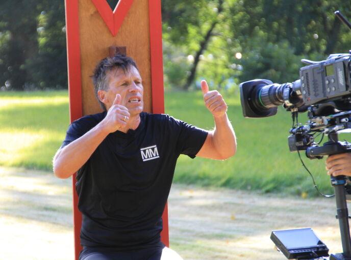 REKORD: Slik så det ut da Johann Olav Koss satte rekord i den beryktede 90-graderen. Foto: Sunniva Luca Veliz Pedersen, Rubicon TV/NRK