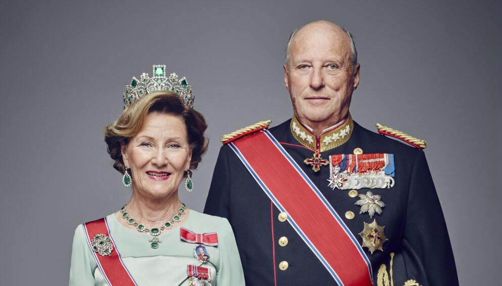 VAKSINERT: Kong Harald og dronning Sonja fikk onsdag coronavaksine. Det er helseminister Bent Høie glad for. Dette bildet er fra 2016. Foto: Jørgen Gomnæs / Det kongelige hoff