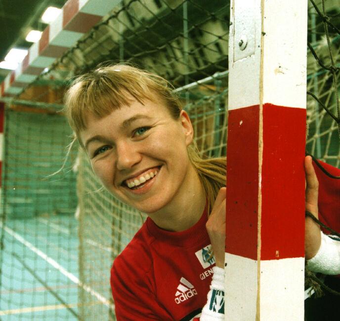 VERDENS BESTE: I løpet av karrieren var Cecilie Leganger verdens beste keeper. Her i 1998. Foto: Marit Hommedal / NTB