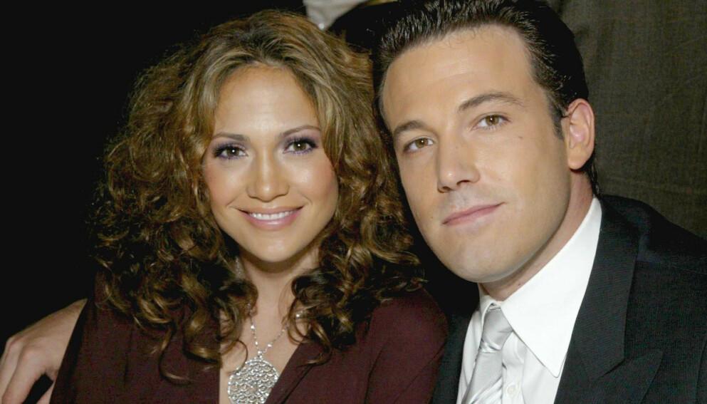 FORTSATT VENNER: Jennifer Lopez og Ben Affleck var sammen fra 2002 til 2004, og har vært venner siden. Nå spekuleres det om de to igjen er mer enn bare venner. Dette bildet ble tatt i 2003. Foto: REX