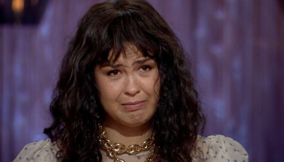 MANGE FØLELSER: Tårene triller når Maria Mena skal se tilbake på karrieren og la andre artister tolke låtene sine. Foto: TV 2
