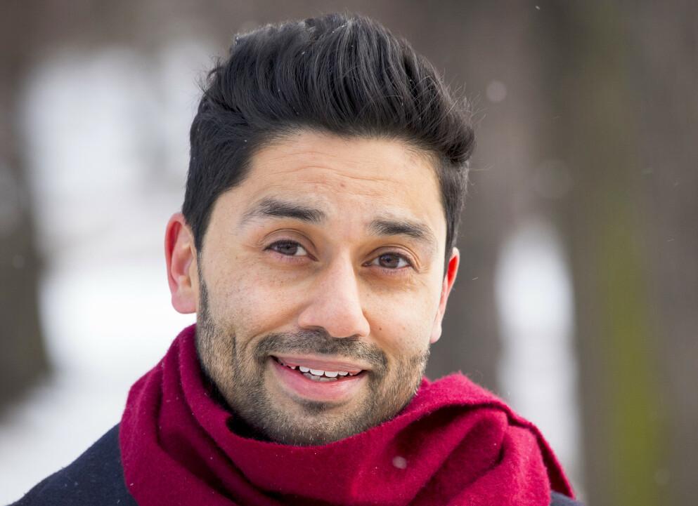 GRÅ STÆR: NRK-programleder Noman Mubashir fikk påvist grå stær for fem år siden. Nå har øyesykdommen blusset opp, og han risikerer å måtte operere igjen. Foto: Tor Lindseth / Se og Hør