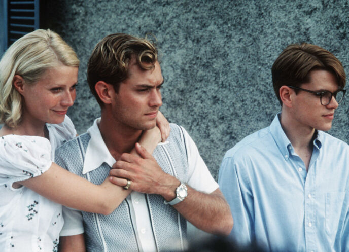 UNG STJERNE: Jude Law var nok manges våte drøm på 1990- og 2000-tallet. Her i «Den talentfulle mr. Ripley» (1999) sammen med Gwyneth Paltrow og Matt Damon (t.h.) Foto: Phil Bray/ Paramount/ REX/ NTB