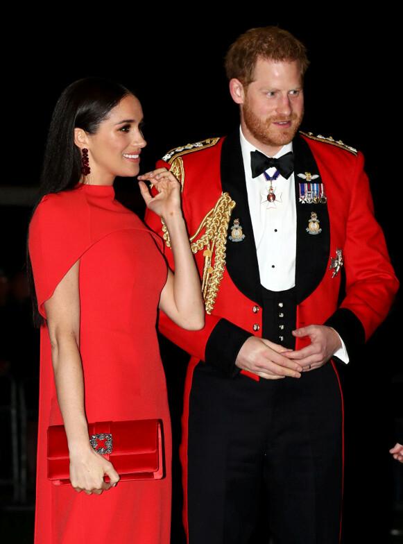 FEILINFORMASJON: Prins Harry mener at feilinformasjon på sosiale medier hadde mye av skylden for angrepet. Her med hertuginne Meghan. Foto: Simon Dawson / Reuters / NTB