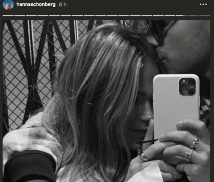 ROMANTIKK: Dette bildet fikk fart på romanseryktene mellom Hanna Schönberg og Eric Saade. Foto: Skjermdump fra Instagram.