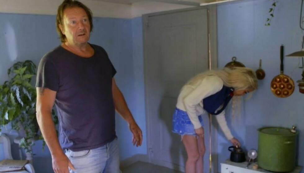 FORTVILET: Svein Østvik i en samtale med Mira Craig på «Torpet». Foto: Skjermdump fra TV 2