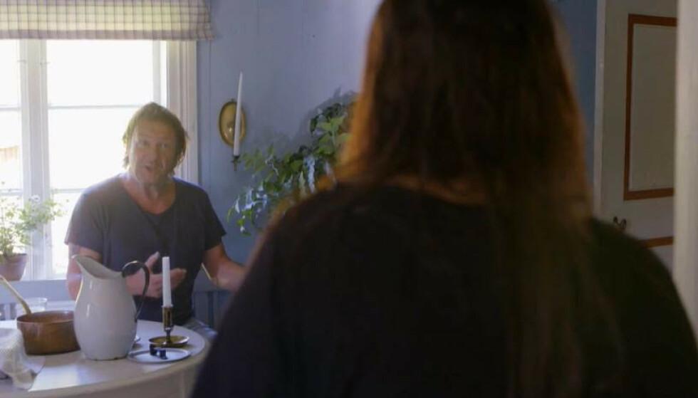 AMPERT: Svein Østvik prøvde flere ganger å snakke med Mira Craig for renske lufta. Det fungerte heller dårlig. Foto: TV 2