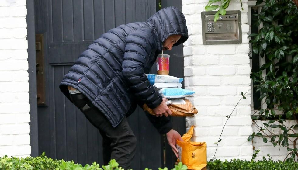 OPS: Dette bildet av Ben Affleck har fått mye oppmerksomhet de siste dagene. Ser du hvorfor? Foto: Backgrid USA / NTB