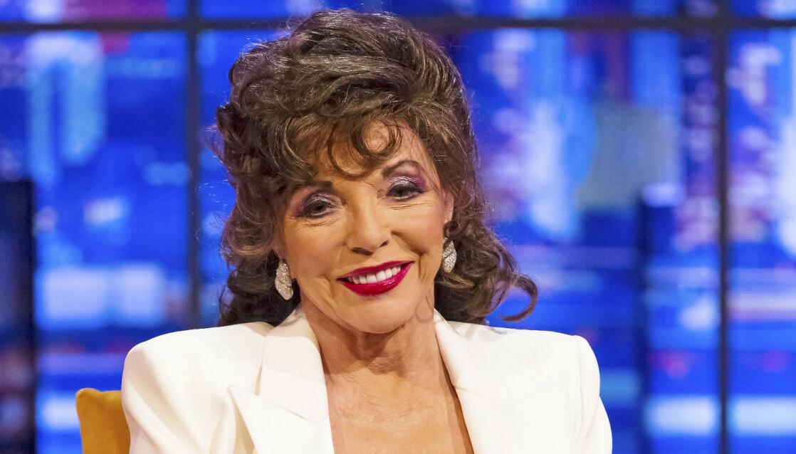 EVIG UNG: I sitt 88. år er «Dynastiet»-legenden fremdeles svært aktiv. Her er hun på et britisk talkshow rett før jul. FOTO: NTB