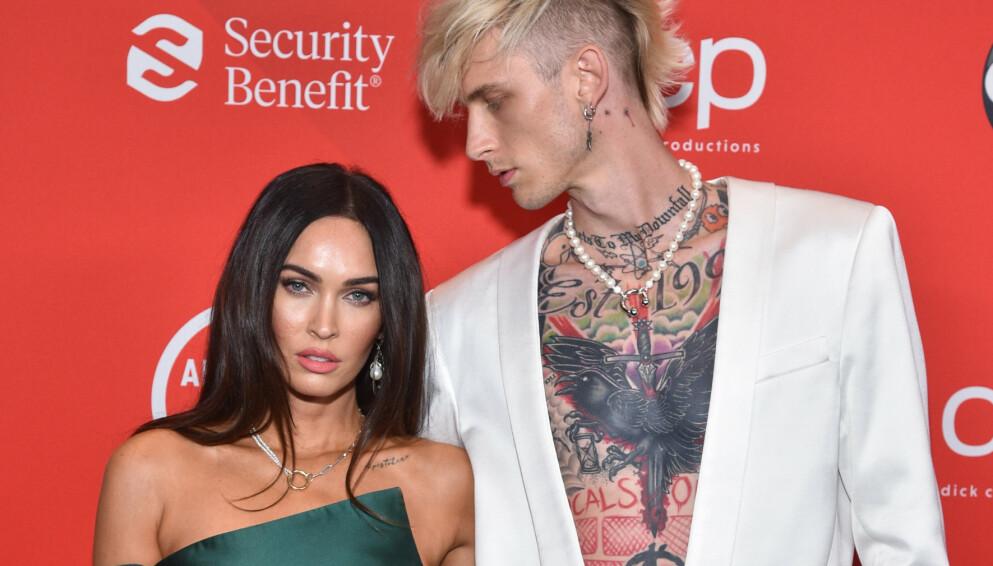 RYKTEFLOM: Forlovelsesryktene har for alvor tatt fyr etter at Megan Fox og Machine Gun Kelly ble observert i New York City denne uken. Foto: ABC / Shutterstock / NTB