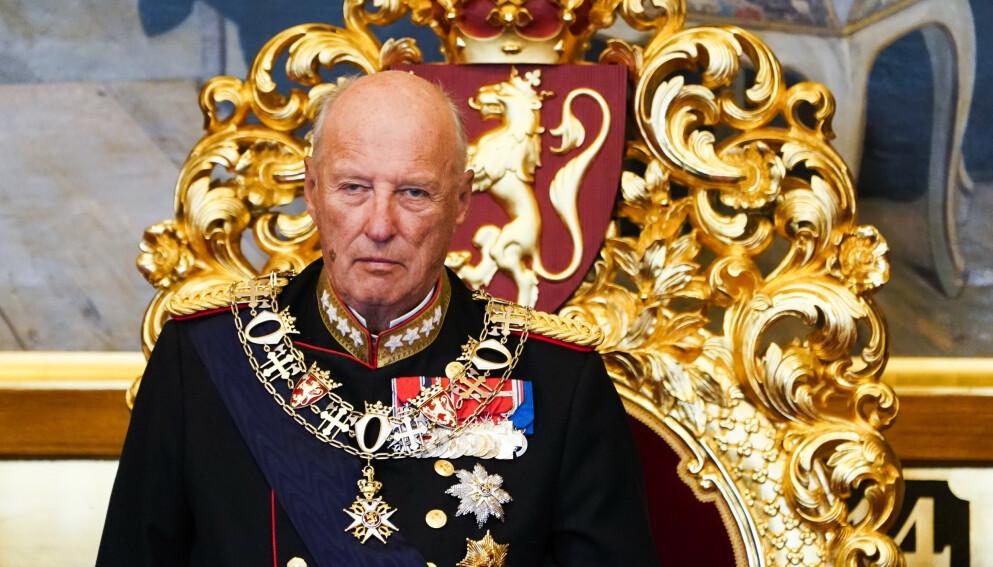 VELLYKKET: Kong Harald ble operert lørdag. Foto: Terje Pedersen / NTB