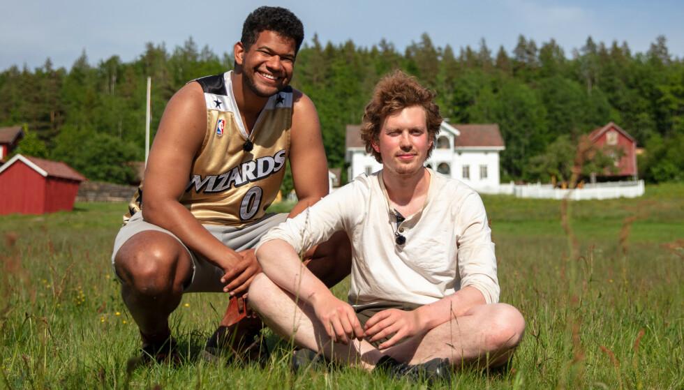 STILLE FØR STORMEN: Markus Bailey trosset fellesskapet og valgte Øde Nerdrum til kamp i søndagens «Farmen kjendis». Foto: Alex Iversen / TV 2