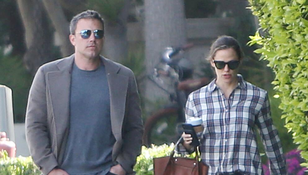 GOD STØTTE: Ben Affleck og Jennifer Garner har stått støtt ved hverandres side - også etter skilsmissen. Foto: ENT / Splash News / NTB
