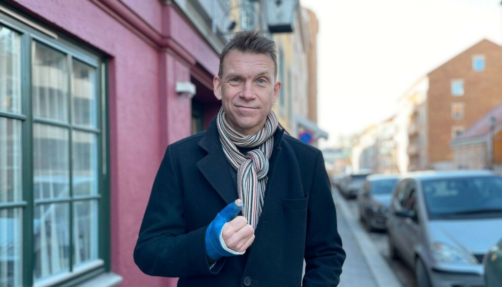 UFLAKS: TV 2-kommentatoren Aslak Eriksrud slo seg i skiløypa i Oslo-marka for noen helger siden. Foto: Mathea Ridar Eriksrud