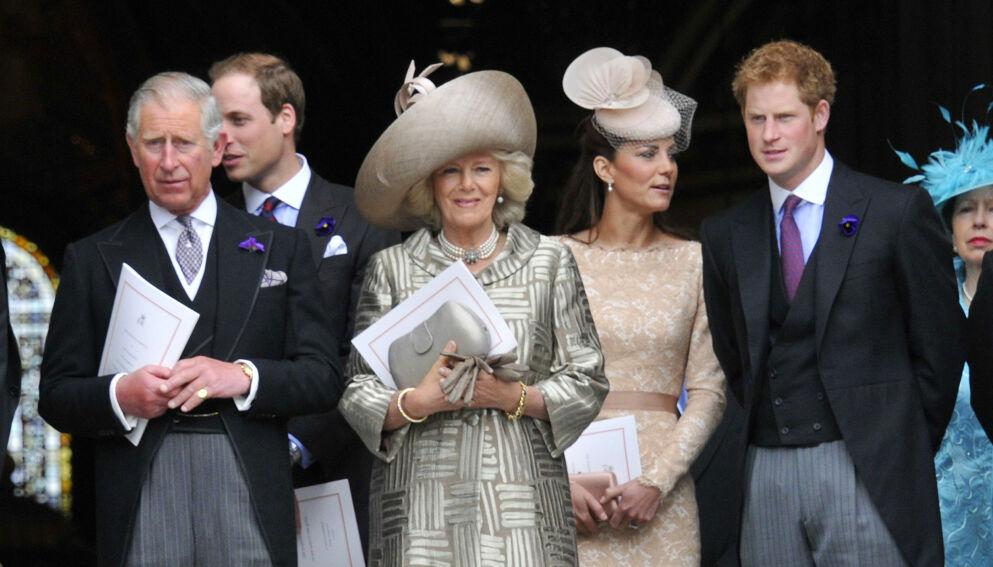 CORONAVAKSINE: Prins Charles og hertuginne Camilla har fått sin første dose av coronavksinen. Foto: REX / NTB