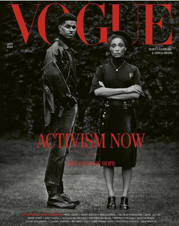 HISTORISK: Misan Harriman fotograferte coveret til britiske Vogues septemberutgave i 2020. Her fotballspiller Marcus Rashford og modell Adwoa Aboah. Foto: Faksimile fra britiske Vogue