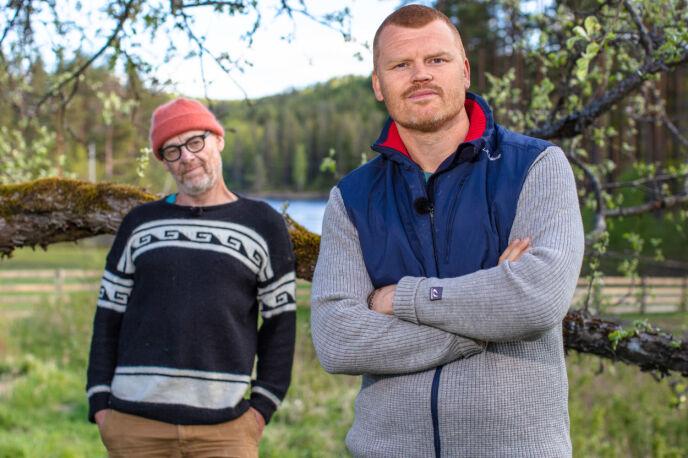 DÅRLIG STEMNING: Espen Thoresen og John Arne Riise kom ikke veldig godt overens i den første «Farmen kjendis»-uka. Foto: Alex Iversen /TV 2