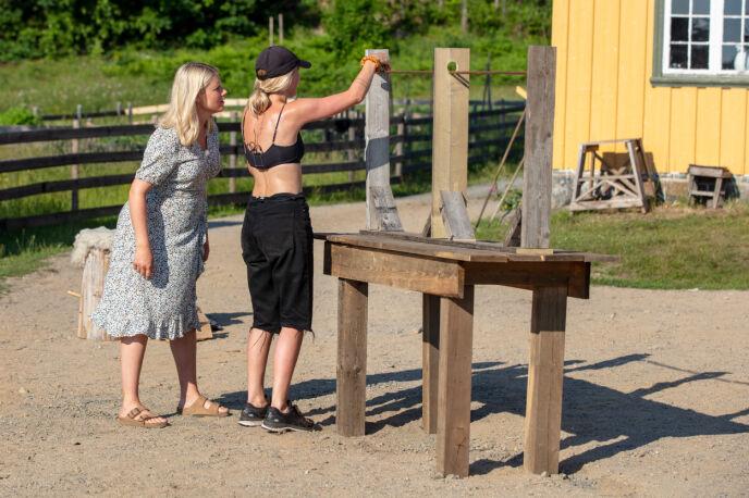BARE NESTEN: Anniken Jørgensen kjempet lenge om å vinne den siste konkurransen, men tapte på målstreken for Terje Sporsem. Foto: Alex Iversen / TV 2