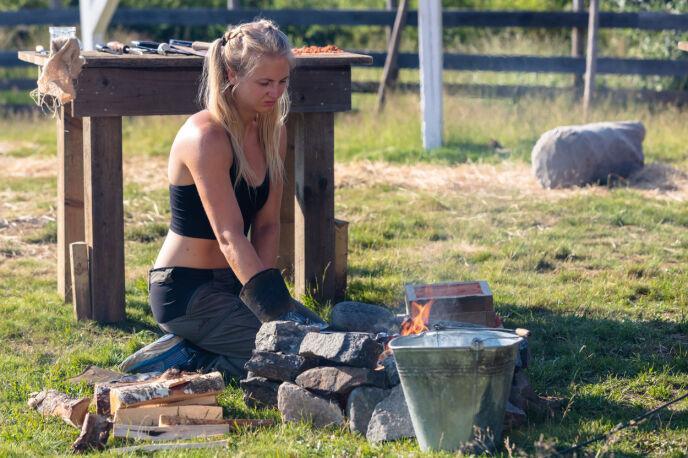 FIKK DET IKKE TIL: Det ville seg ikke helt for Kine Olsen, som er ute av «Farmen kjendis». Foto: Alex Iversen / TV 2