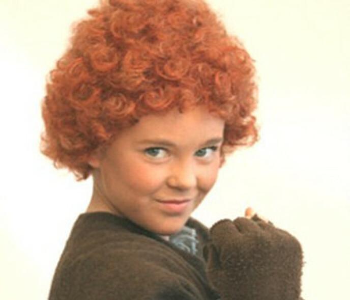 BARNESTJERNE: Raylee Charlotte Kristiansen fra Arendal spilte hovedrollen som Annie på Chateu Neuf i 2011. Foto: Privat