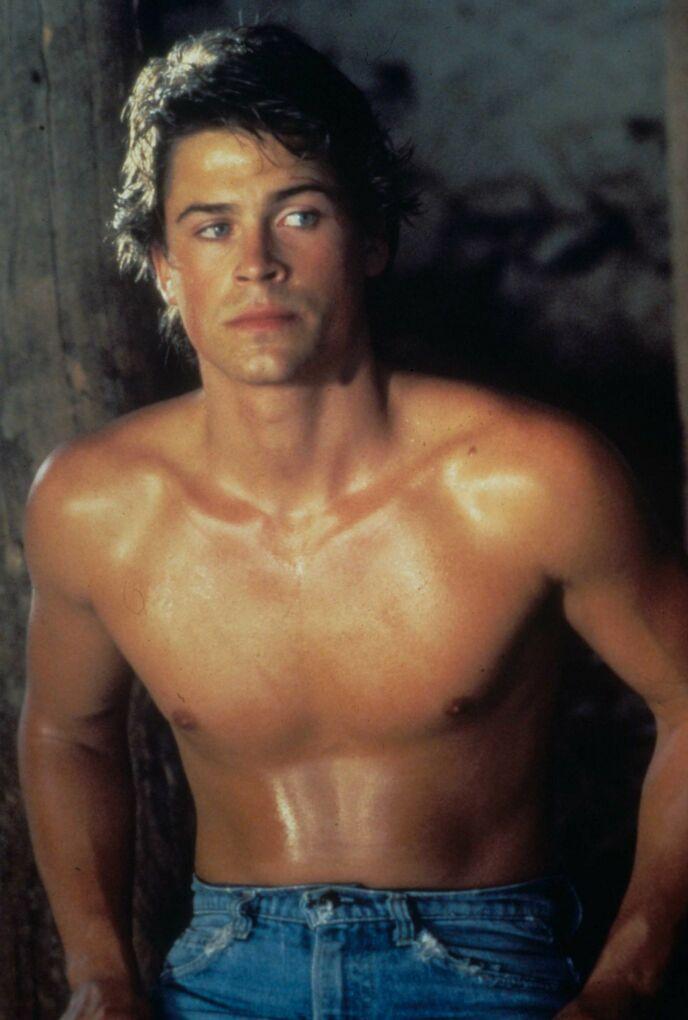 HOLLYWOOD-VETERAN: Rob Lowe har vært et kjent ansikt verden over i fire tiår. Nå er han aktuell i TV-serien «9-1-1: Lone Star». Her avbildet i forbindelse med filmen «Youngblood» (1986). Foto: Moviestore/ REX/ NTB