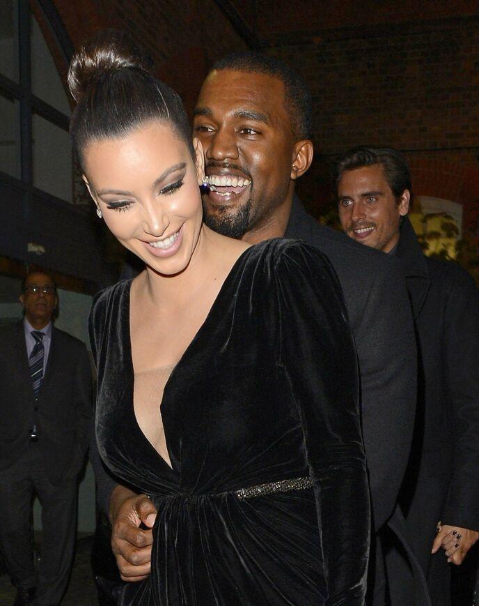 DATET: Kjærlighetshistorien startet for Kim og Kanye i 2012. Her avbildet samme år. Foto: Photofab / REX / NTB