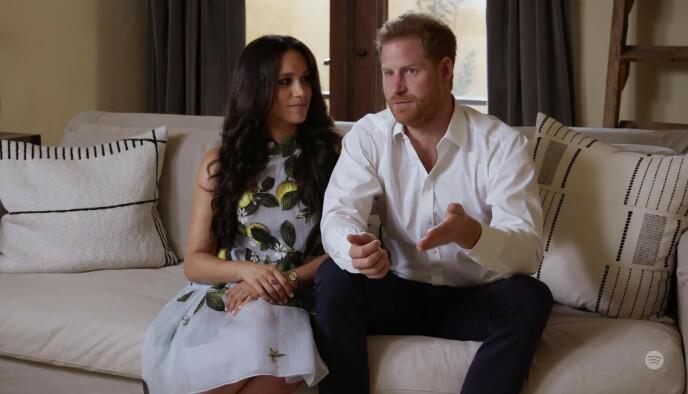 JENTE?: Meghans ring i rosa safir får fansen til å spekulere på om hertugparet venter en liten jente. Foto: Foto: Ruba / Backgrid UK / NTB