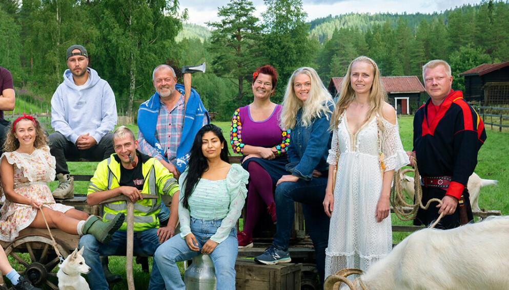 TILBAKE I HVERDAGEN: Karianne Vilde Wølner, Kjetil Kirk, Raymond Røskeland, Jostein Grav, Lene Egeland Hogstad, Inger Cecilie Grønnerød, Tove Moss Lohne og Nils Kvalvik var blant deltakerne i «Farmen» i fjor høst. Grønnerød var den eneste av disse som ikke var til stede i Finnmark. Foto: Espen Solli / TV 2
