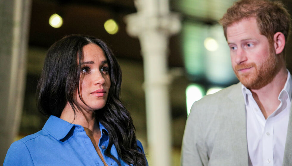 SVARER: Prins Harry og hertuginne Meghan får mer spalteplass enn de fleste andre. Det er ikke alltid like positivt. Nå slår sistnevnte tilbake. Foto: Splash News/ NTB