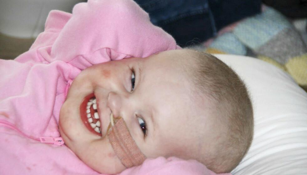 LIVSVILJE: Marte klarte å beholde det gode humøret sitt begge gangene hun ble kreftsyk. Foto: Privat