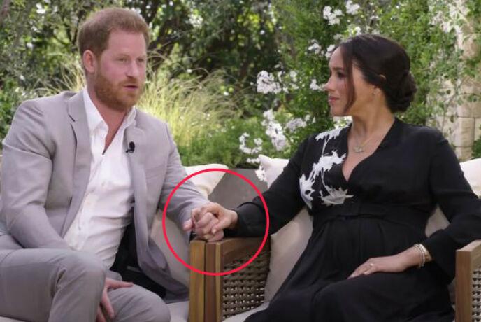 - SELVSIKKER: Kroppsspråk-ekspert Judi James hevder at hertuginne Meghan har et selvsikkert kroppsspråk, mens prins Harry er mer forknytt. Hun trekker også frem hvordan de har plassert hendene. Foto: Skjermdump fra CBS